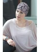Gorros y gorras expeciales para mujeres en tratamiento del cáncer